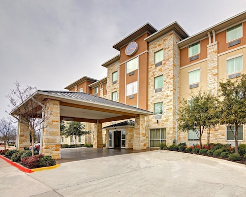 Great Place to stay Comfort Suites Arlington near Arlington
