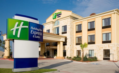 Holiday Inn Express Suites Beeville