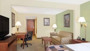 2 bedrooms, premium bedding, minibar, in-room safe