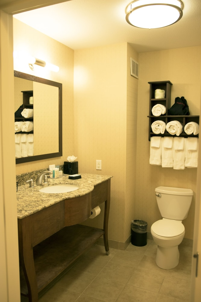 Bathroom, Hampton Inn & Suites Arroyo Grande/Pismo Beach Area