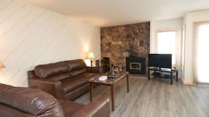 Fireplace, DVD player