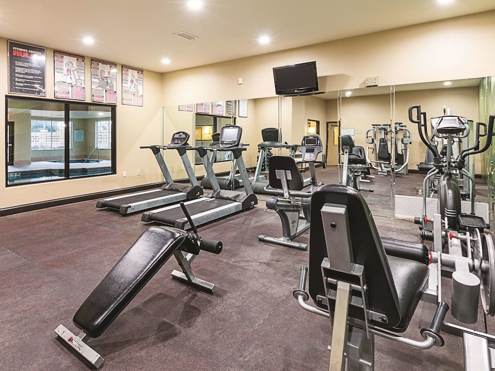 Fitness Facility, La Quinta Inn & Suites by Wyndham Woodway - Waco South
