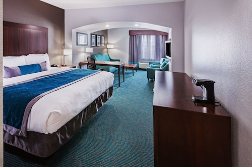 La Quinta Inn & Suites by Wyndham Fort Worth Eastchase