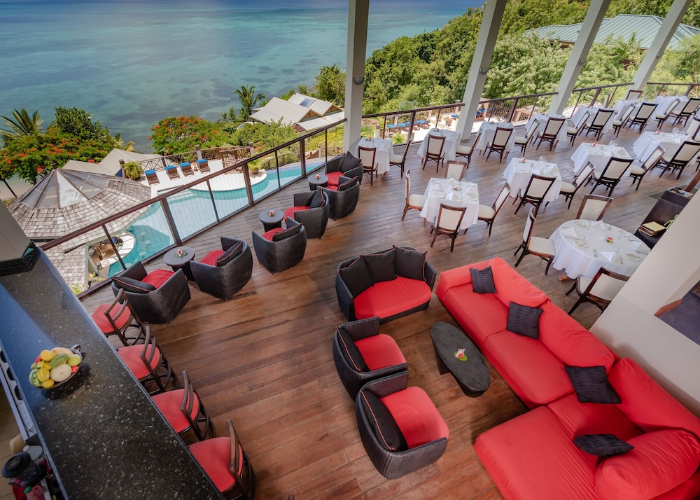 Bar, Calabash Cove Resort And Spa - Adults Only