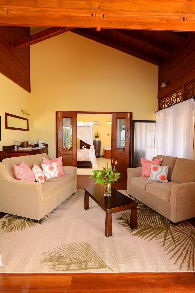 Living Room, Calabash Cove Resort And Spa - Adults Only