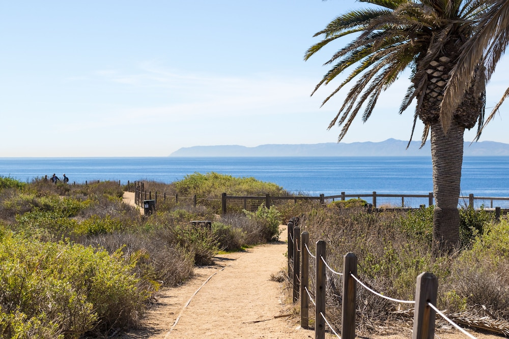 Hiking, Terranea - L.A.'s Oceanfront Resort
