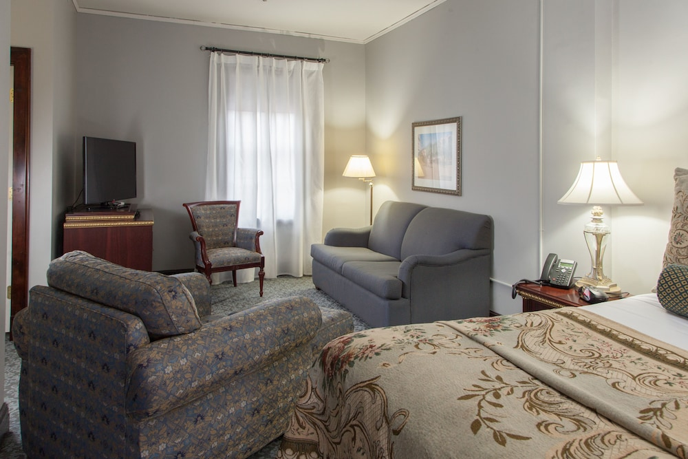 Featured Image, Margarita European Inn, Ascend Hotel Collection