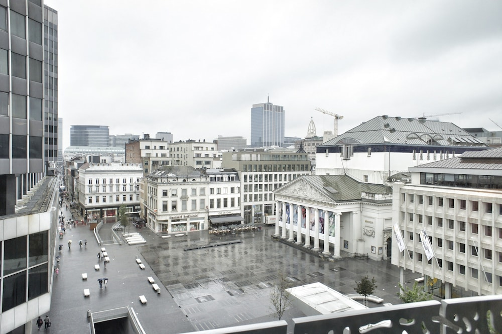 City View ...