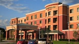 Courtyard Marriott Aksarben Village - Omaha Hotels