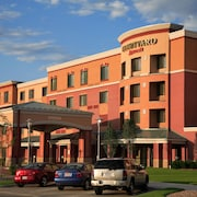 Courtyard Marriott Aksarben Village