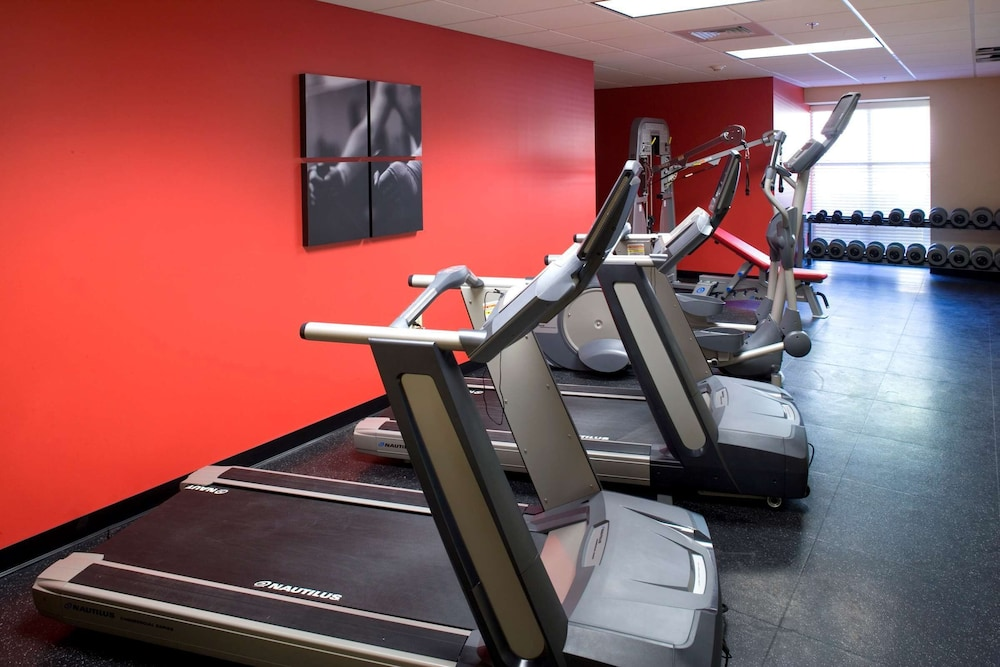 Fitness Facility, Country Inn & Suites by Radisson, Knoxville at Cedar Bluff, TN