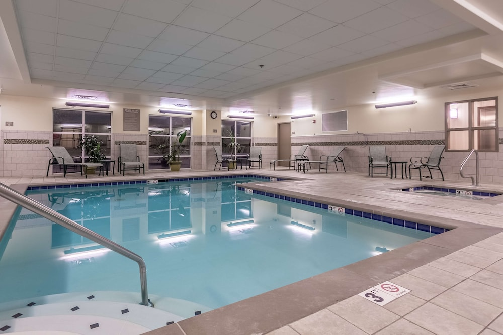 Indoor Pool, Country Inn & Suites by Radisson, Knoxville at Cedar Bluff, TN