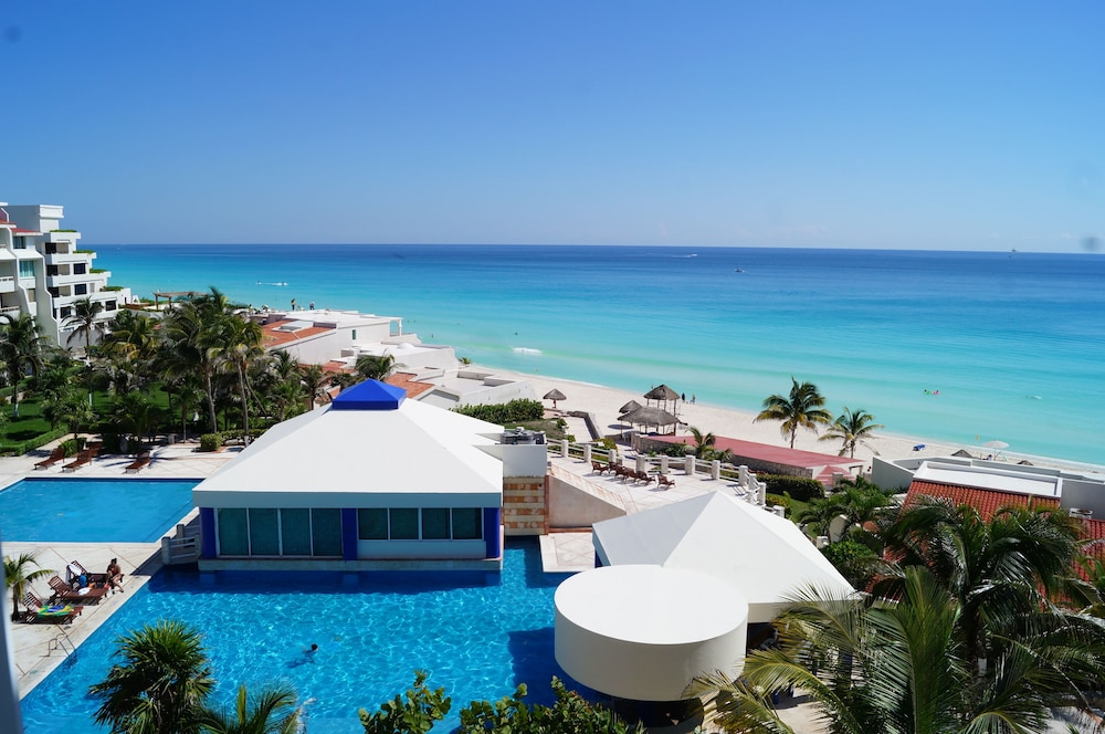 Solymar Cancun Beach Resort 3 0 Out Of 5 Building Design Featured Image