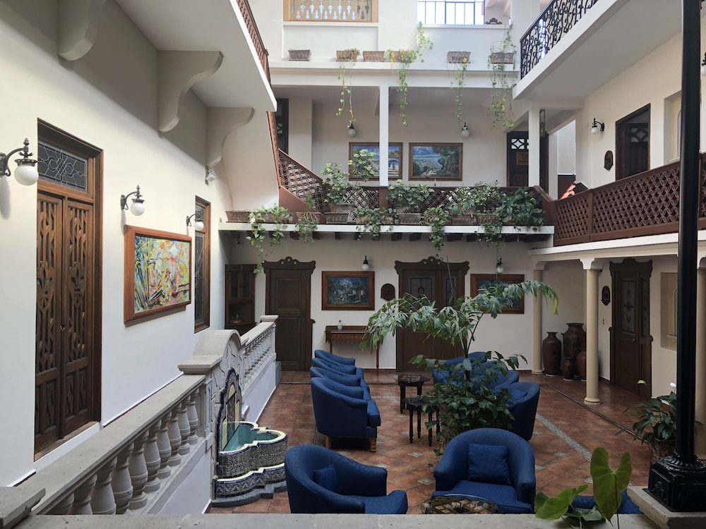 Street View Featured Image Lobby Sitting Area