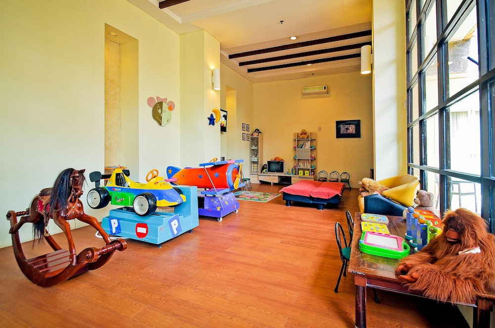 Children's Play Area - Indoor, Kuta Paradiso Hotel