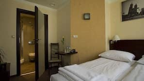 Allergikerbettwaren, Pillowtop-Betten, Schreibtisch, kostenloses WLAN