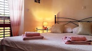 2 bedrooms, premium bedding, down duvets, Select Comfort beds