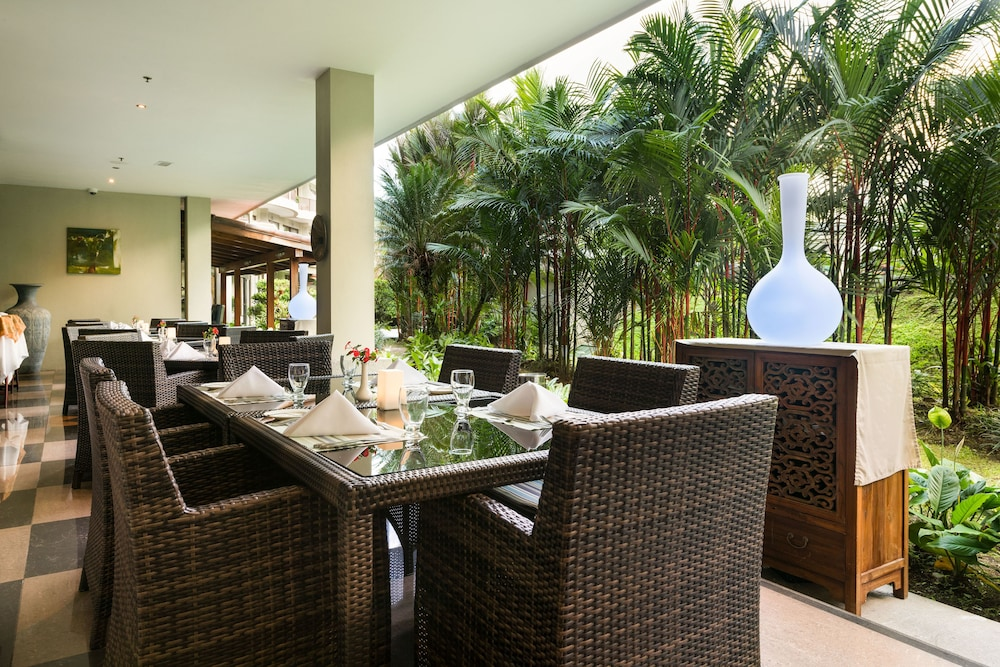 Breakfast Area, The Royal Corin Thermal Water Spa & Resort