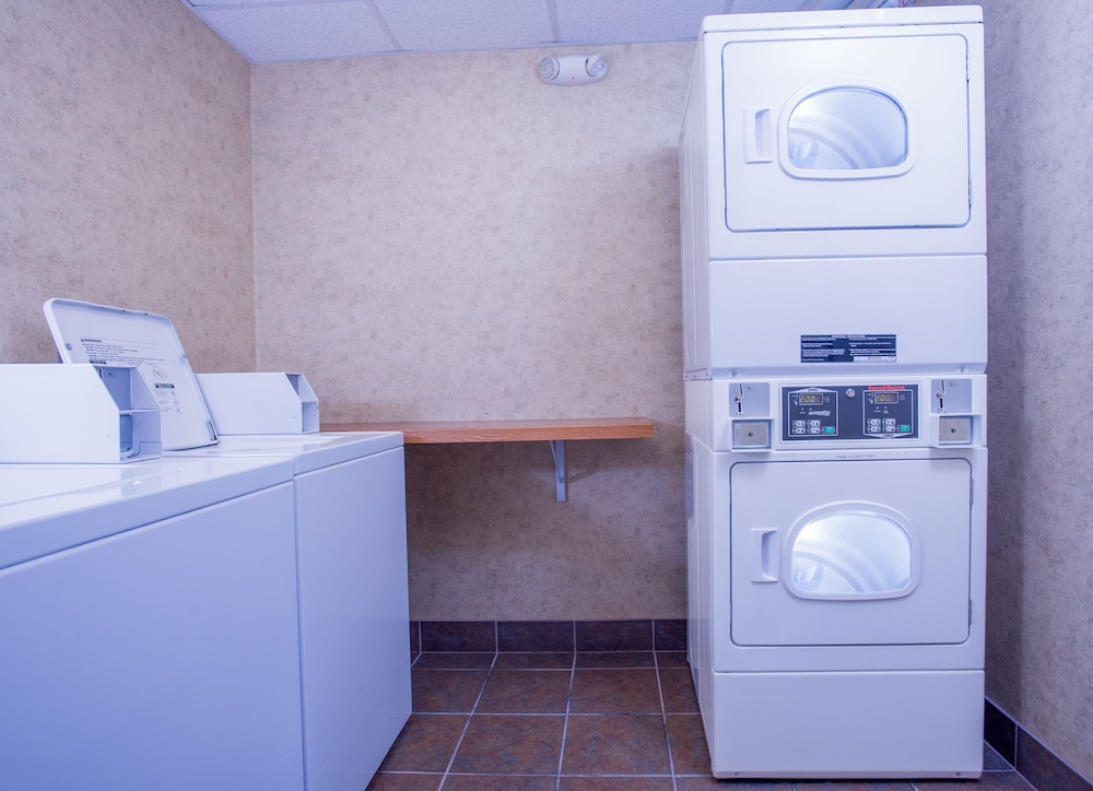 Laundry Room, Comfort Suites Anchorage International Airport