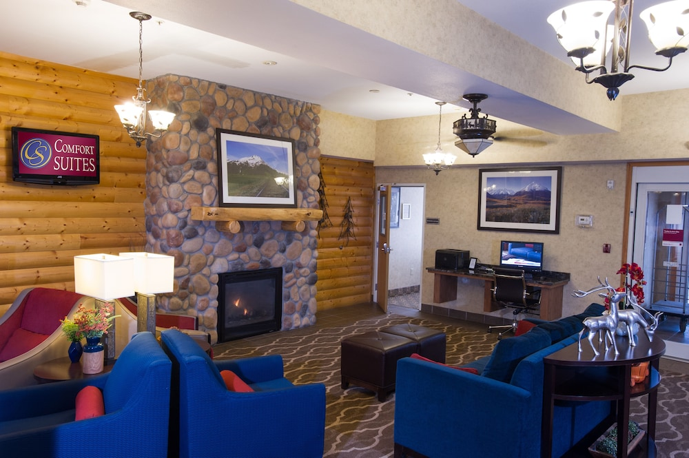 Lobby Sitting Area, Comfort Suites Anchorage International Airport