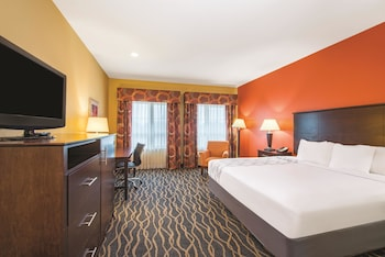 La Quinta Inn & Suites Tulsa Airport / Expo Square