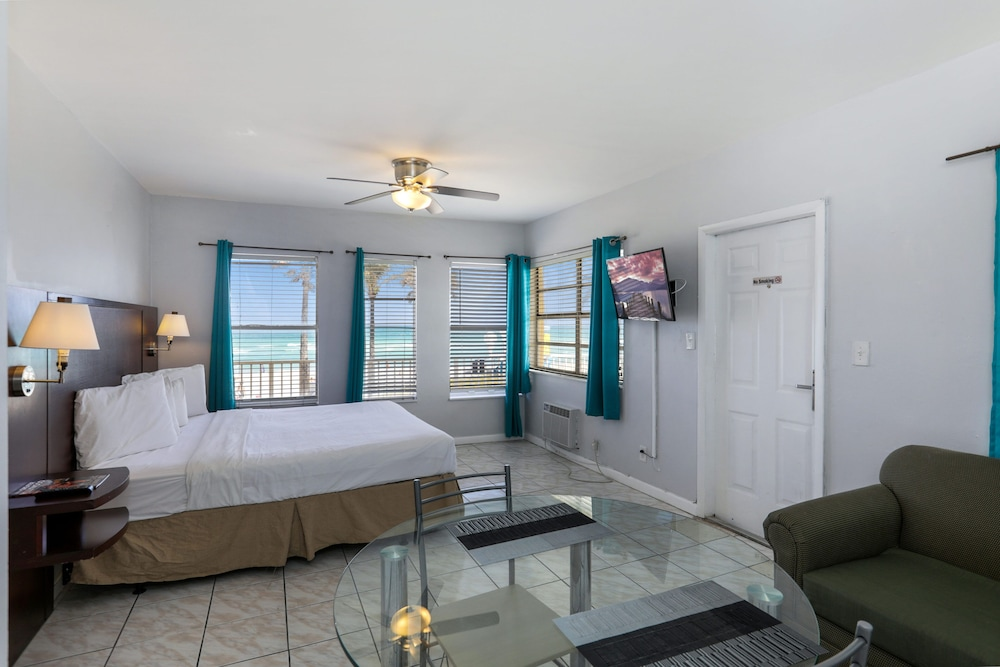 Room, Hollywood Beach Hotels