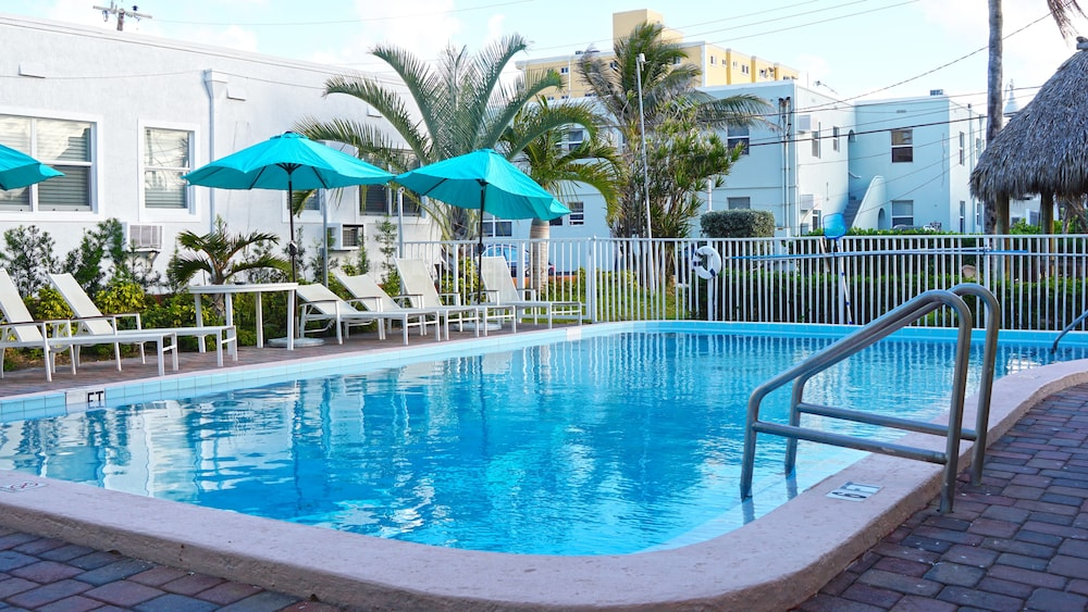 Outdoor Pool, Hollywood Beach Hotels