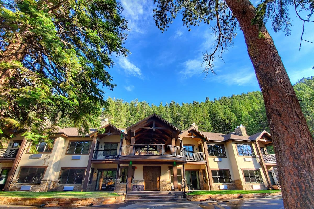 Inn on Fall River & Fall River Cabins in Estes Park, CO  Expedia