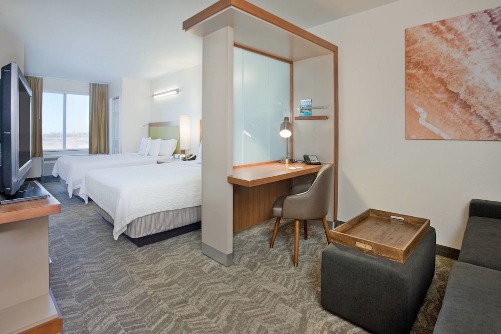 Room, SpringHill Suites by Marriott Wichita East at Plazzio