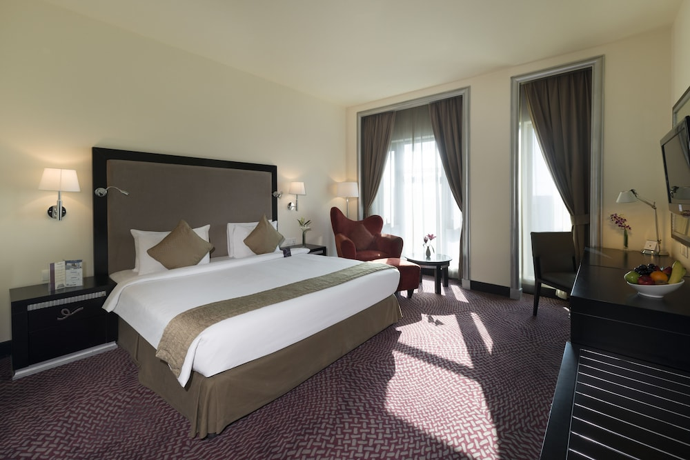 Room, Mercure Gold Hotel Al Mina Road Dubai