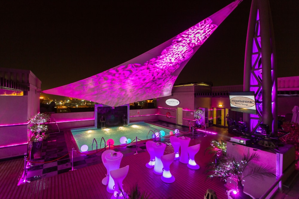 Rooftop terrace, Mercure Gold Hotel Al Mina Road Dubai