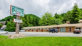 Highland Hills Motel and Cabins – A Master Hosts Resort - Boone Hotels