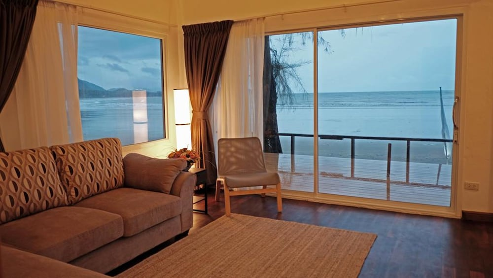 Room, Twin Bay Resort