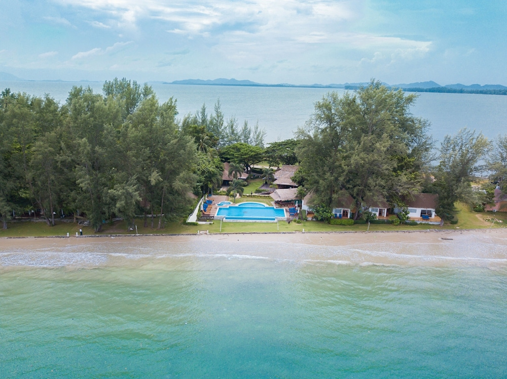 Aerial View, Twin Bay Resort