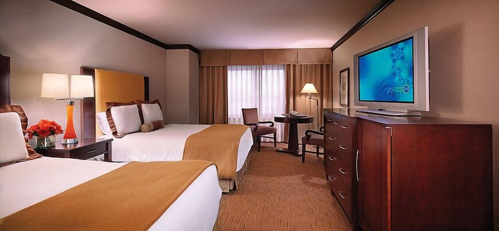 Ameristar Hotel Council Bluffs 4 0 Out Of 5 Exterior Featured Image Guestroom