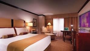 Premium bedding, in-room safe, bed sheets
