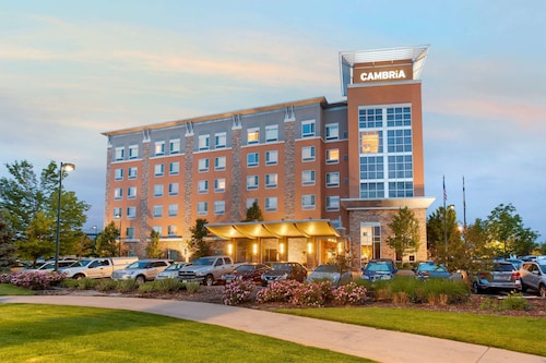 Cambria Hotel Denver International Airport