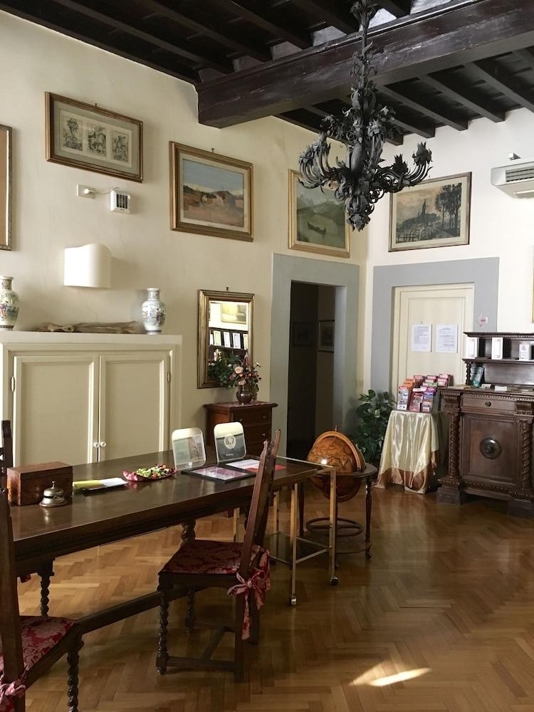 Soggiorno Antica Torre Deals & Reviews (Florence, Italy ...
