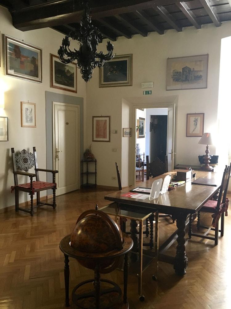 dragtime ~ idee migliori per la casa design - Soggiorno Antica Torre Firenze