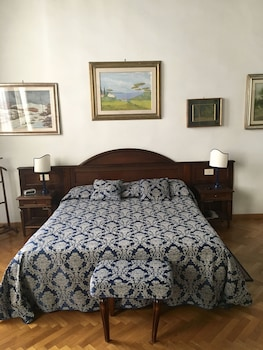 Florence Hotels, Guest Houses & Short Stay Accommodation - 1Travel.co