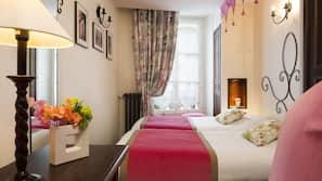 Zimmersafe, Schreibtisch, schallisolierte Zimmer, kostenlose Babybetten