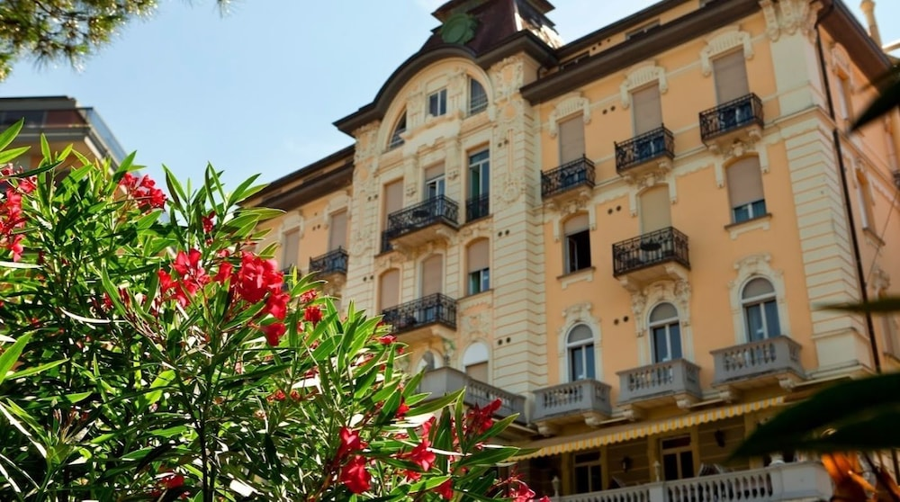 Hotel Victoria Au Lac In Paradiso Hotel Rates Reviews On