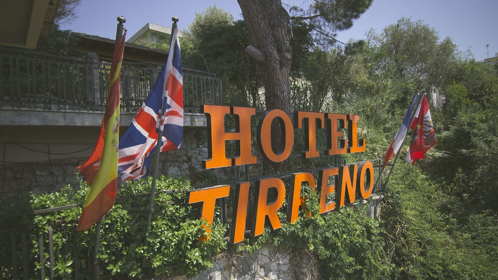 Featured Image, Hotel Tirreno