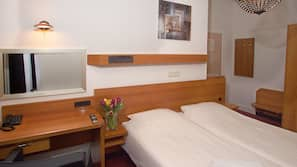 In-room safe, desk, iron/ironing board, free WiFi