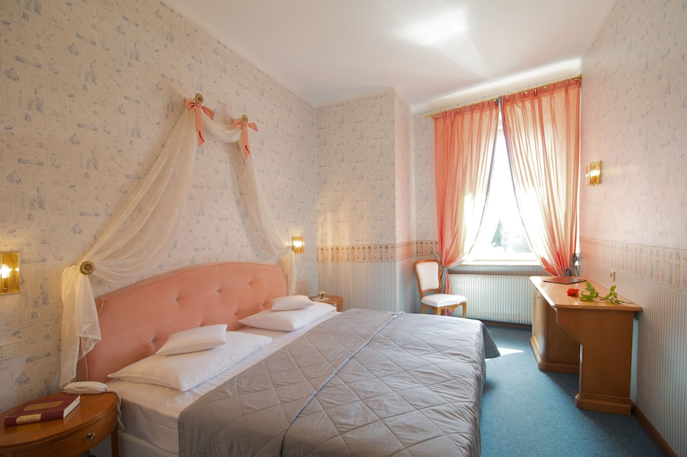 Parkhotel luna mondschein bozen bolzano italia expedia.it