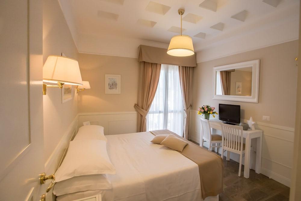 Hotel Modigliani Via Della Purificazione Roma Rm