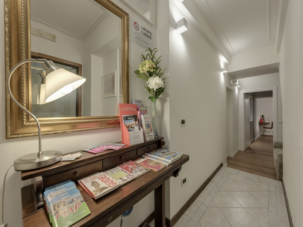 Soggiorno Alessandra in Florence | Hotel Rates & Reviews on ...