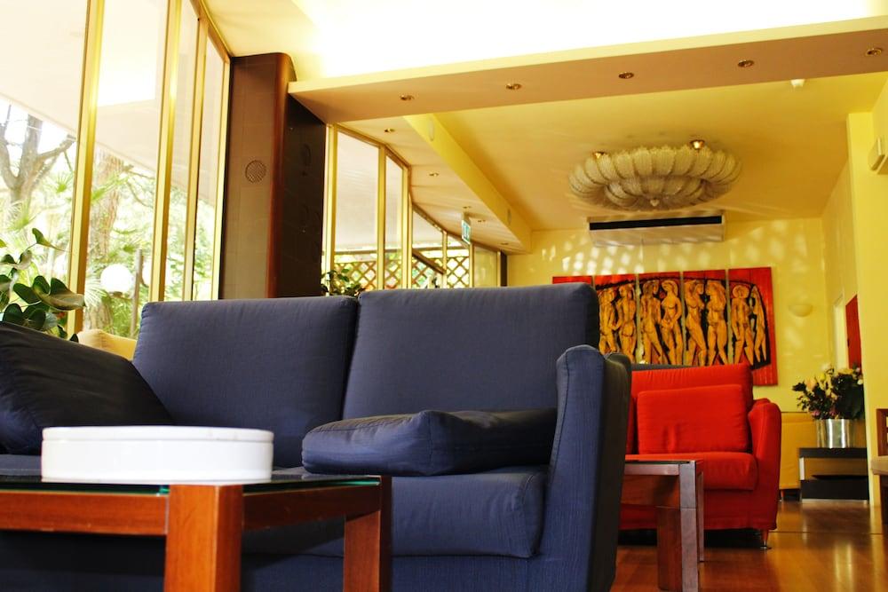 Hotel Saint Tropez Riccione (Riccione, Italia)   Expedia.it