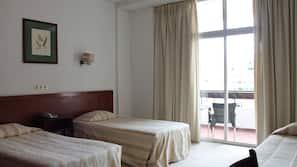 In-room safe, cots/infant beds, rollaway beds