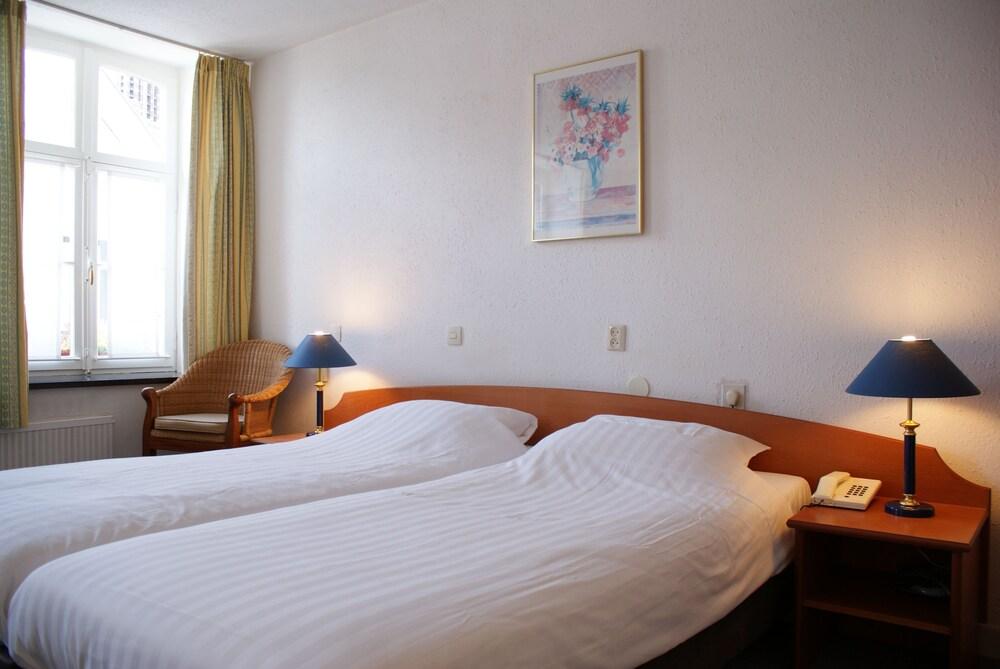 Book Fletcher Hotel-Restaurant La Ville Blanche | Thorn Hotel Deals